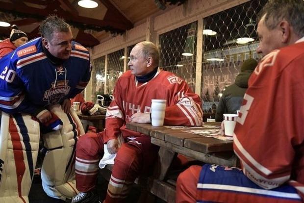 Стыдное зрелище: Клоунада Путина в Ночной хоккейной лиге