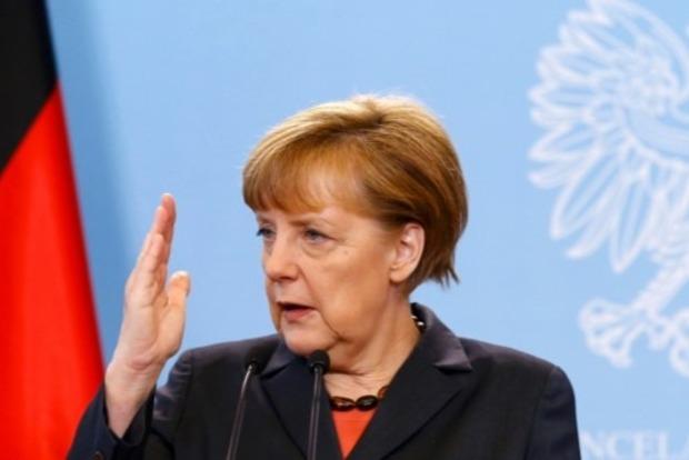 Меркель не видит причин, чтобы смягчить санкции против РФ