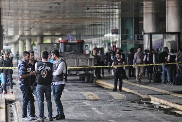 Возросло количество погибших в результате теракта в Стамбуле