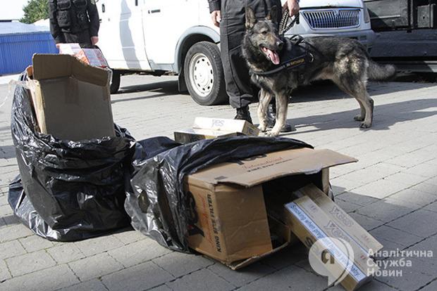 Янтарь тоннами, серебро килограммами и Ламборджини на сдачу: в ГФС рассказали, что возят контрабандисты
