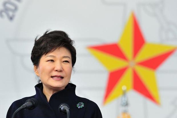 Власти Южной Кореи задержали экс-президента Пак Кын Хе