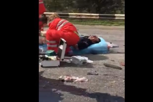 Под Запорожьем старая жестянка убила человека (видео 18+)