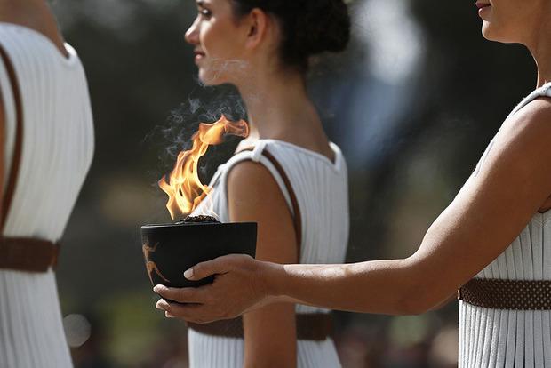 В Греции зажгли огонь ХХIII зимних Олимпийских игр