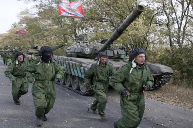 Біля Новотроїцького бойовики в паніці втекли з поля бою, підбито БМП