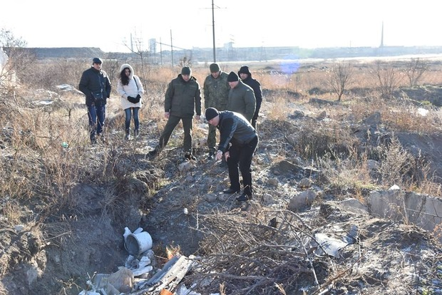 Мужчину, тело которого нашли на свалке в Мариуполе, зарезали - Аброськин