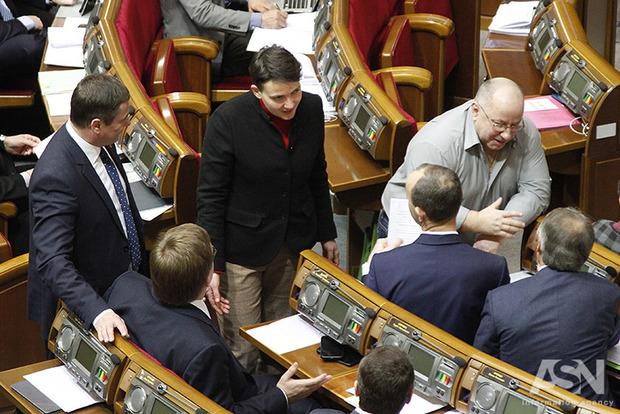Дело Савченко снизит рейтинг Тимошенко и ударит по Медведчуку
