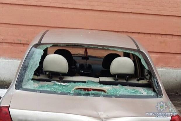 За Труханова. Стало известно, кто разбил 13 авто под Соломенским судом