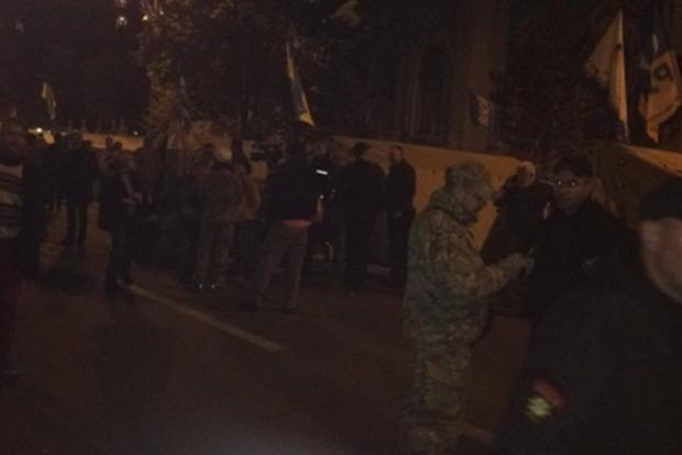 Под покровом ночи Саакашвили пришел в палаточный городок под Радой