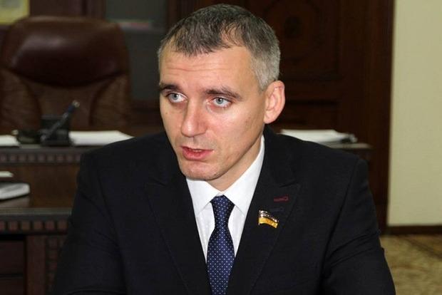 Мэр Николаева протестует против отставки: «Это изнасилование местного самоуправления!»