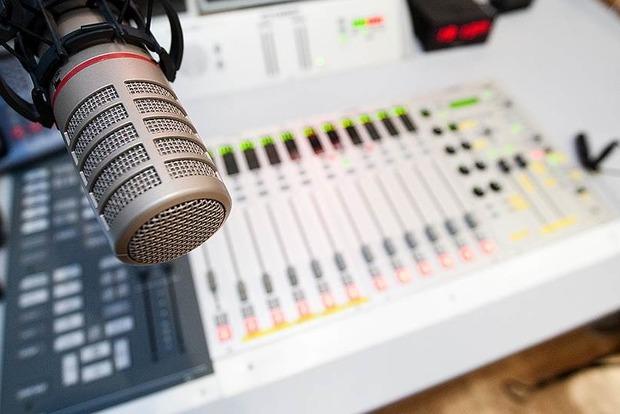 За рік було зафіксовано 17 порушень мовних квот нарадіо— Нацрада