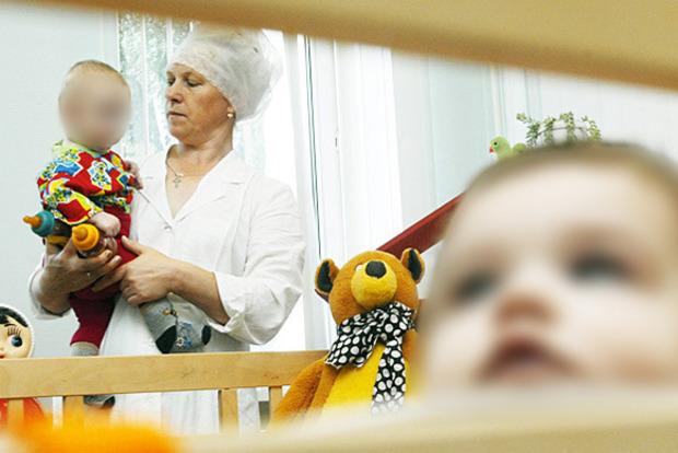 «Возвращение в ад» - украинские дети едут в родные семьи