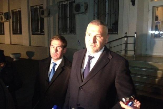 Против адвоката Савченко просят завести уголовное дело из-за Twitter
