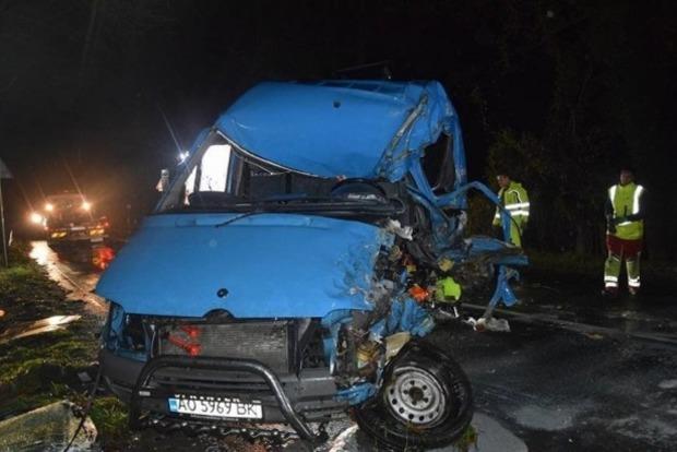 Автомобили украинцев столкнулись в Словакии, погиб мужчина