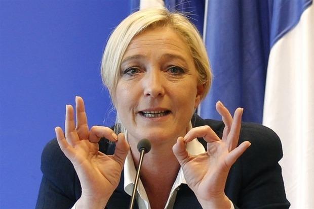 Ле Пен назвала миграционную политику Меркель катастрофой