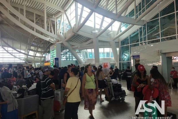 Аэропорт Бали, закрывшийся из-за извержения вулкана, возобновил работу