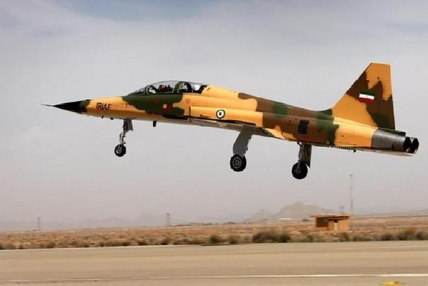 Иран начал массовое производство собственного истребителя Kowsar