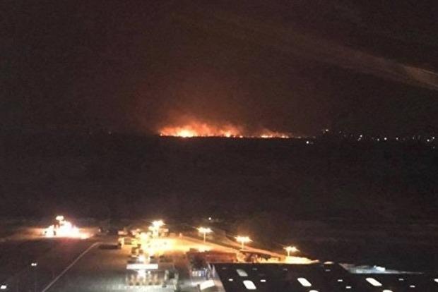 В ГСЧС сообщили причины мощного пожара на Осокорках в Киеве