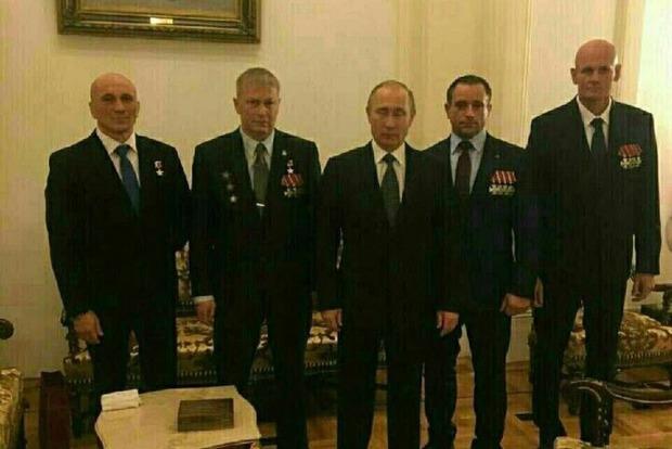 Найманці ПВК, що воюють у Сирії і на Донбасі, просять Путіна легалізувати їх