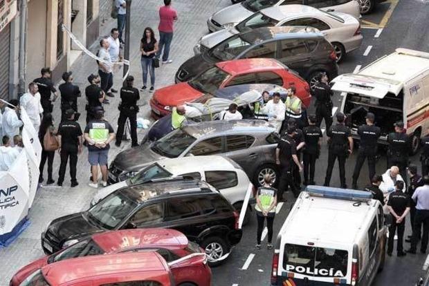 В Испании предполагаемый убийца зарезал полицейского