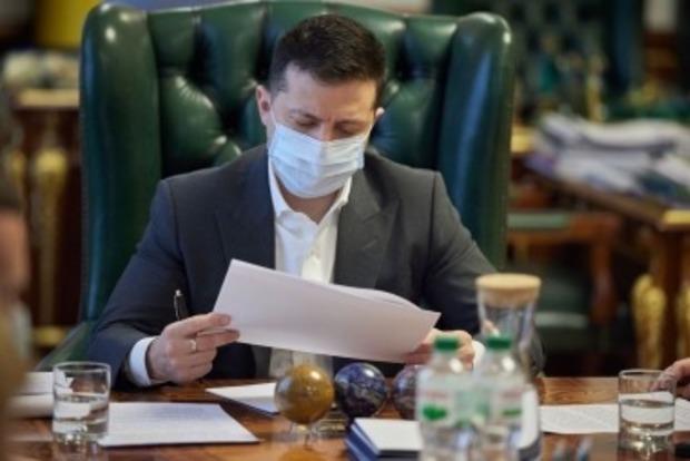 Зеленский рассказал, чем вызваны санкции в отношении нардепа и телеканалов