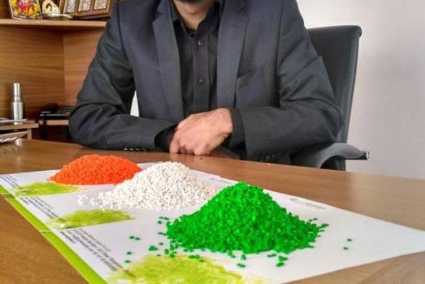 В Индии начался серийный выпуск съедобного пластика