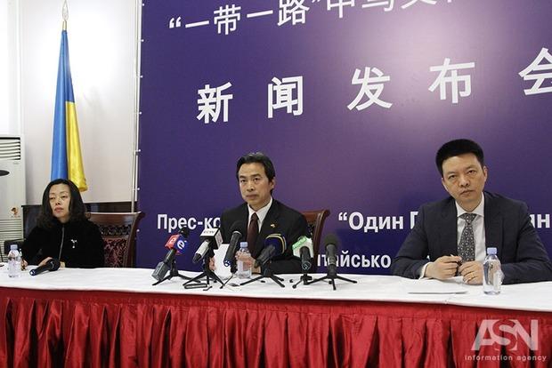 В посольстве Китая пообещали увеличить поток своих туристов в Украину