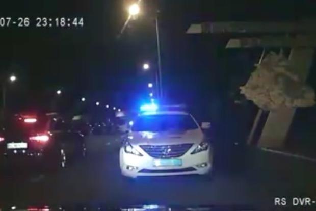 ВоЛьвовской области избили 2-х полицейских