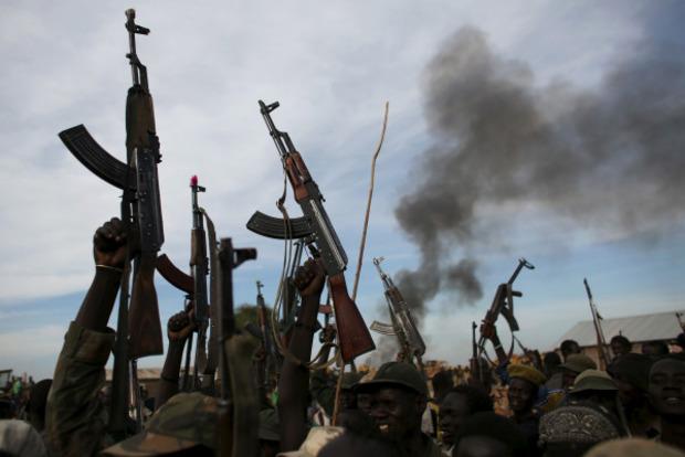 Украину обвинили в незаконных поставках оружия в Южный Судан