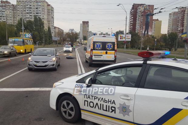 Страшное ДТП в Киеве: джип сбил насмерть велосипедиста