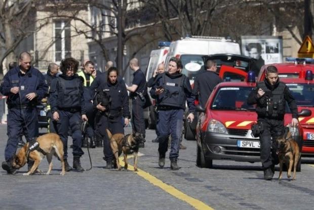В Греции обнаружили восемь посылок с бомбами для чиновников