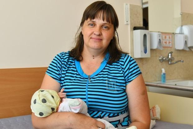 На Волыни мать-героиня родила 17-го ребенка