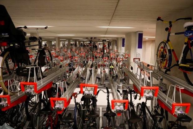 В Голландии строят крупнейшую в мире парковку для велосипедов