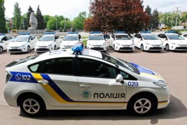 В результате взрыва в Харькове поврежден автомобиль полицейского