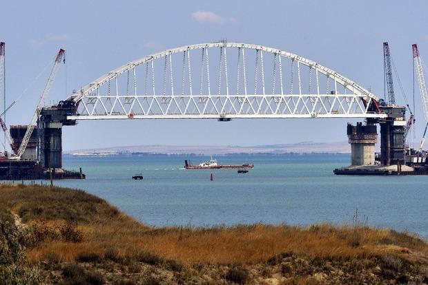 Россияне закончили строительство самой сложной части керченского моста