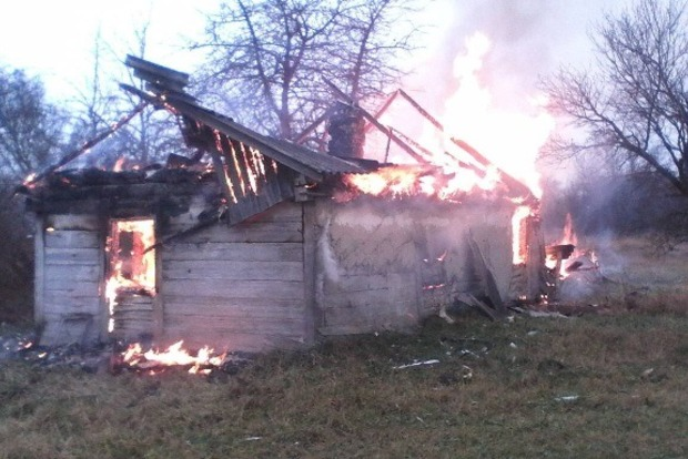 Мужчина сгорел в своем доме в Житомирской области