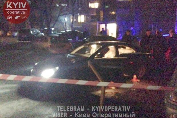 В Киеве обстреляли автомобиль, скончался водитель и ранен ребенок