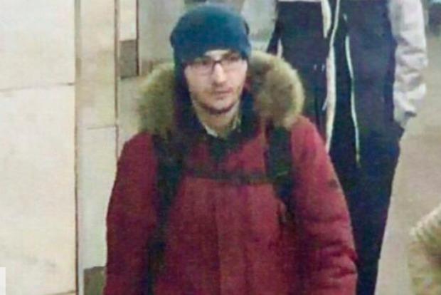 Смертник, подорвавший себя в метро Петербурга, работал в суши-баре