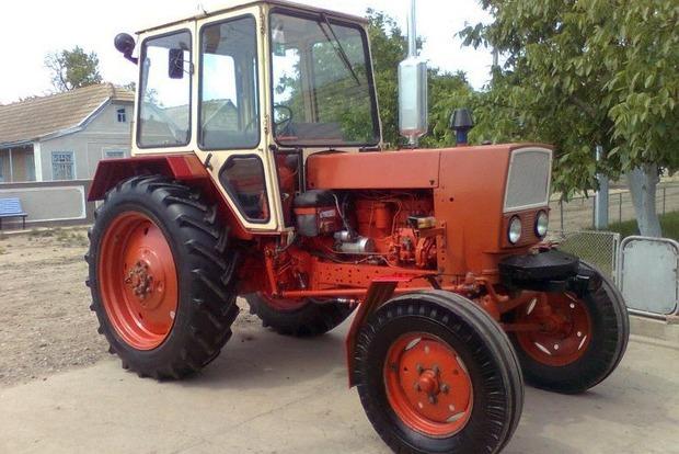 Во Львовской области трактор убил фермера, который им управлял
