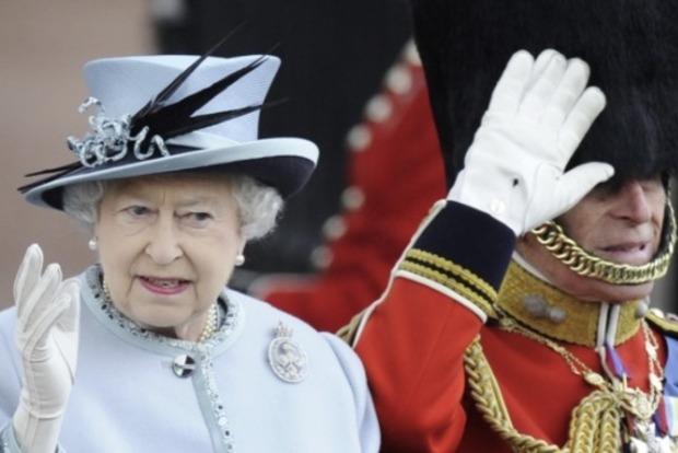 Королевская семья дала официальный ответ на резонансное интервью Меган Маркл и принца Гарри с Опрой Уинфри
