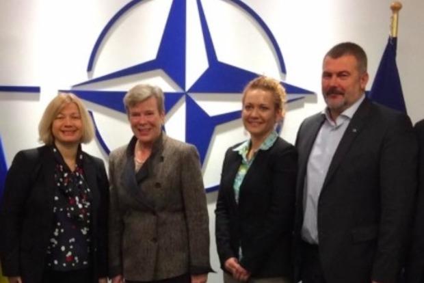 В НАТО сказали, что Украина остается важным партнером в повестке дня Альянса - Геращенко