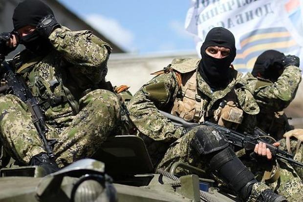 Российские оккупанты на Донбассе готовят боевиков к параду 9 мая - разведка