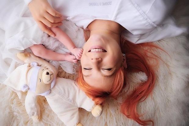 Светлана Тарабарова впервые показала личико новорожденного сына