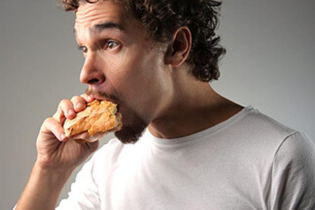 Что нельзя есть мужчинам - 10 вредных продуктов питания