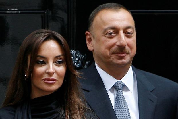 В Великобритании вспыхнул скандал вокруг денежных махинаций руководства Азербайджана