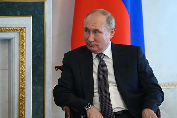 Путин продолжает кормить россиян страшилками про проект анти-Россия