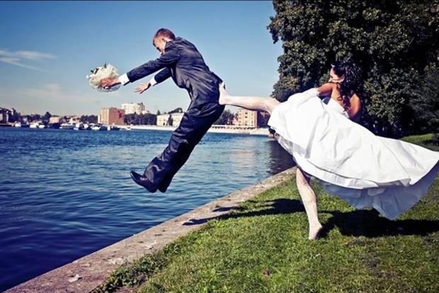 Астрологи сказали когда лучше в 2017-м не гулять свадьбы и не делать пластические операции