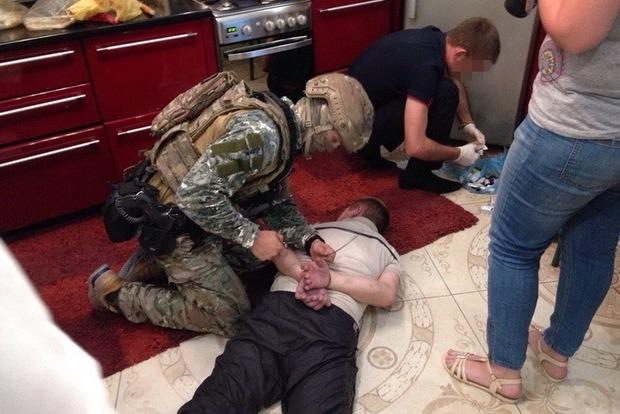В Николаевской области раскрыты две группировки торговцев наркотиками (фото)