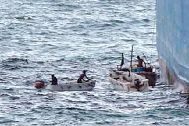 У берегов Нигерии пираты напали на судно и похитили гражданина Украины