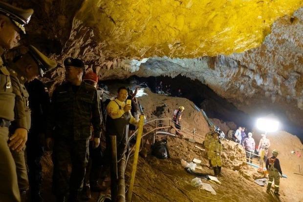 Затерянные в пещере Таиланда: детей будут доставать несколько месяцев