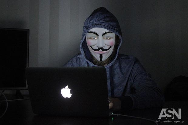 Российским разведчикам в США предъявили обвинения в хакерских атаках в трех странах